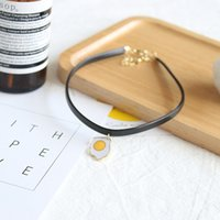 Wholesale SLXY new fashion unique designer gold chain fired egg false collar short pendant necklace for women colar coleira