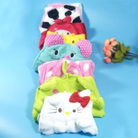 Wholesale New Baby care Children Washcloth Hand Towel Soft Cartoon Hanging Bath Towel Kitchen Supplies Character Wipe Bath Face Towel for baby