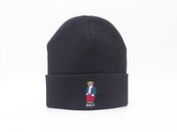 Prezzi Wool hat-2016 dell'orso del fumetto cappelli invernali per gli uomini e le donne di polo Beanie a maglia di lana del cappello della protezione Gorros maschera il trasporto Skullies Berretti cappelli cofano libero