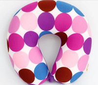 Acheter Mousse de voiture pour la forme-Couleur multicolore en forme de U oreiller oreiller micro perles pour le reste de l'avion voiture voyage oreiller coussin en mousse oreiller literie