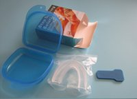Wholesale 1 set Food Grade Anti Snore Stopper Kit Anti snoring Mouthpiece Stop Snoring Solution Device Anti Snore Mouth Tray Better Sleep Aid