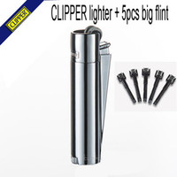 Wholesale Spain brand Clipper refillable gas lighters frint Silver metal wheel butane lighters metal boxes men s cigarette lighters
