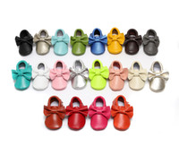 Wholesale New Tassels Bow Baby Moccasins Soft Moccs Baby Shoes Kids Genuine Cow Leather Newborn Toddler Boys Girls Prewalker