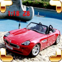 Wholesale New Year Gift Z8 Metal Model Roadster Alloy Vehicle Collection Toys Car Decoration Homelloy Luxury Present Men Collection Die cast Toys
