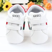 Wholesale New Hot Solid Canvas Infant Shoes Cotton Bottom Baby First Walkers Lace Up Sport Shoes For Baby Spring Autumn Shoes