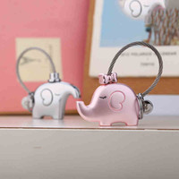 Wholesale Elephant Keychains for Lovers Gift Pendant A Couples Key Ring Trinket Key Chains Car Keychain Chaveiro Innovative Valentine s Day gift