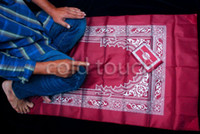 Wholesale Muslim Prayer Mat mix Color Light and Waterproof Prayer Rug with Compass Muslim Prayer Rug Qibla finder Booklet