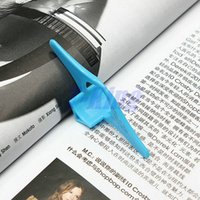 Wholesale 100pcs Multifunction Thumb Book Page Holder Marker Finger Ring Bookmark Plastic Convenient Reading Helper Book Mark