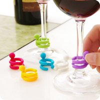 7 pcs / set Wine Cup Mixproof Silicone Marker Bars / Party Prévient Confuse Rubber Wine Glasses Label With Bottle Stopper