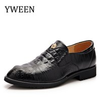 Wholesale men oxford shoes genuine leather Black Brown Brand classic vintage business carved male wedding shoes men flats