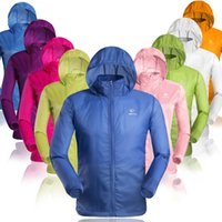 Wholesale Brand TECTOP Prevent bask clothes sportsweart Men women ultra thin breathable outdoor use skin breathable summer coat dust coat