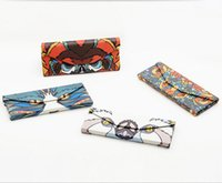 Wholesale The new triangle fold animals glasses box Sunglasses glasses box by hand Folding fashion and personality