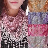 al por mayor bufanda metálica-Nuevo diseño de la marca de fábrica del verano Señora Lace Scarf Tassel Escarpado Metálico Mujeres Triángulo Vendaje Floral bufandas Mantón