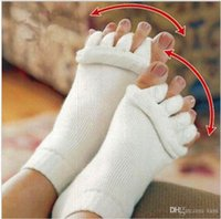 Wholesale 5 colors Comfy Toes Sleeping Socks Massage Five Toe Socks Happy Feet Foot Alignment Socks