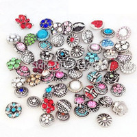 Wholesale Snap Buttons Mix Color Ginger Snap Jewelry Pierced Crystal Metal Ginger Snap Clasps DIY Noosa Bracelets Chunks Jewelry Accessories NAC0050