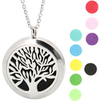 Wholesale Aromatherapy Essential Oil surgical Stainless Steel Perfume Diffuser Locket Necklace with chain and felt pads