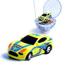 achat en gros de micro jouet électrique de voiture-Vente en gros 1:63 Mini RC voiture ronde Diamond Ball voiture à télécommande voiture de course Micro Véhicule voiture électrique pour enfants