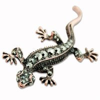 awesome pins - TD Awesome vintage copper tone crystal lizard gecko pin brooch body jewelry ES0532