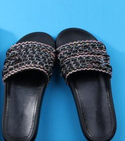 Wholesale Newest Luxury woman slippers women chain slipper shoes Flip Flops Sandals colors size EU35 EU42