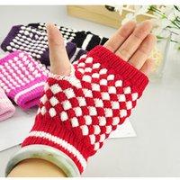 2017 nuevos guantes del knit de la manera, recorrido del turismo del invierno la hoja que vende exclusiva se prueba