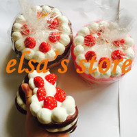 Wholesale Squishy kawaii rare squishy jumbo strawberry cake slow rising squishy with tags kids toys gift squizee toy