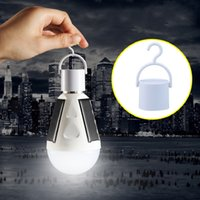 Wholesale 2017 new product Solar Emergency bulb light no electricity can light up sunlight is always charged input water can be bright bulb