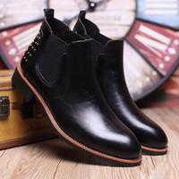 Botas de moda de tobillo botas de cuero de los hombres de Martin botas impermeables calientes botas de dedo del pie puntiagudo hombres zapatos de tacones altos
