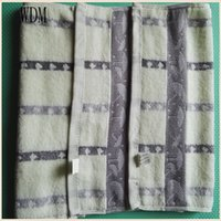 100% Bamboo Fiber bamboo borders - Cotton Customize Logo Hotel Bath Towel With Jacquard Border china supplier