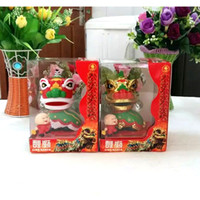 Wholesale Retail Package Pieces Per Swing Under Full Light No Battery Solar Chinese Dancing Lions Novelty Solar New Year s Toys