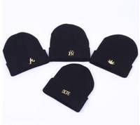 Wholesale 2017 New men women beautiful fashion hat cap Trendy Warm Oversized Chunky Soft Oversized Cable Knit Slouchyblack Beanie Skull Caps four type