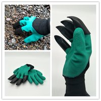 Wholesale 2017 Garden Genie Gloves with Claws Quick easy way to Gardening Builders Digging Planting Rubber Polyester