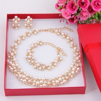 african wood beads - 2017 New Fashion Imitation Pearl African Beads Costume Acessories Necklace set Dubai Gold Plated Bridal Wedding Jewelry Sets
