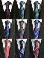 Precio de Venta al por mayor corbata roja-Venta al por mayor Nuevo diseño de la marca de fábrica los 8cm hombres delgados corbatas Corbatas clásicas de la tela escocesa del Mens de la tela escocesa para los hombres Corbata de la boda del lazo Azul Rojo Negro A005