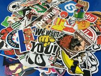 Wholesale 100PCS Pack Random Music Film Vinyl Skateboard Guitar Travel Doodle Graffiti Decal Cute Fashion Car Funny Stickers Waterproof Car Stickers
