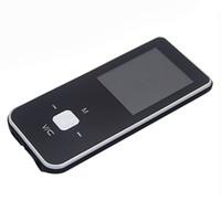 Vente en gros - Unique Mini USB Clip MP3 Media Player Écran LCD MP3 Vidéo Radio Musique Player de musique FM 8 Go MP3 + USB Cable + écouteur gret cadeau