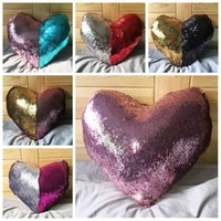 Wholesale Mermaid Sequins Pillow Case Magic Glamour Pillow Cover Mermaid Heart Shaped Pillow Cases Bright Glitter Car Cushion Home Sofa DecorationF215