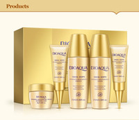 Wholesale BIOAOUA Skin Care Set Moisturizing Brightening Skin Natural and Hypo allergenic Face Care Day Cream Travel Packaged