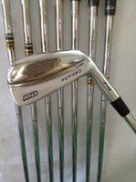 Clubs de golf MB Forged 716 Set de fers 3456789P Avec Dynamic Gold Steel S300 Shaft MB 716 Golf Irons Droite
