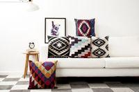achat en gros de oreillers aztec-Livraison gratuite Aztèque géométriques triangles zigzags chevrons diamants motif coussin couverture décoratif oreiller lancer