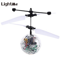 Wholesale Lightme Mini Children Flying Crystal Ball Lamp Rechargeable LED Flashing Stage Light Aircraft Helicopter Christmas Gift Light