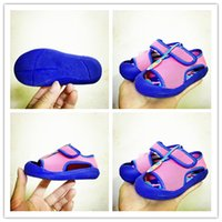 Wholesale Boy s sandals the new children antiskid student summer sandals baby baby hollow out mesh