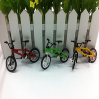 Wholesale pc YLHTOYS Mini Small Bike Alloy Plastic Scale Model Miniature Diecast Bicycle Craft Desktop Display Home Decoration Kid Toy