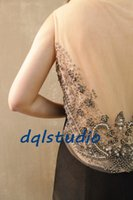 Compre Topos de noite preto plus size-Sexy Black Evening Dresses Sparking Top Plus Size Illusion Sheer com brilhantes Sequins Beads Long Prom Vestidos Side Zipper Elastic Satin