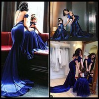 art red diamond - Sexy New Mother And Daughter Velvet Evening Dresses Sexy Halter Off Shoulder Backless Diamonds Long Formal Gowns Prom Party