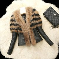 Wholesale Leather suede aviator jacket Profile lambs fur collar leather jackets couples shearling coat hooded warm parkas FS0940