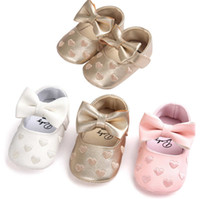 Wholesale Baby First Walker Shoes PU Leather Soft Sole Love Heart Mocassions Kids Shoes Cute Bowknot Girls Princess Shoes MAMA029
