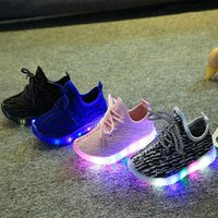 Wholesale 4 Colors Kids Boost Casuals Shoes Black Children LED Luminous Sneakers Boys Running Sports Light up Shoes Baby Girls Shiny Toddler Shoes