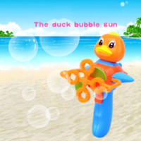 Wholesale New cartoon duck Electric blowing bubbles baby kids toys lovely life funny toy gift