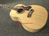 2017 nueva guitarra de la marca de fábrica SJ200 guitarra acústica natural del grano del tigre de madera en la acción Guitarras de China