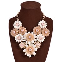 Wholesale Color flower necklace Luxury Chain Resin Crystal Necklaces choker body Jewelry